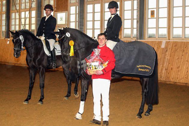 Sebastian mit Preis